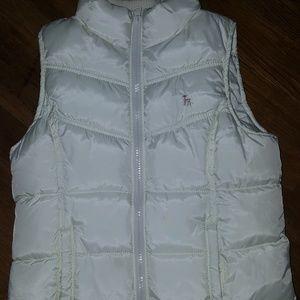 NWOT Girls Old Navy Puffer Vest